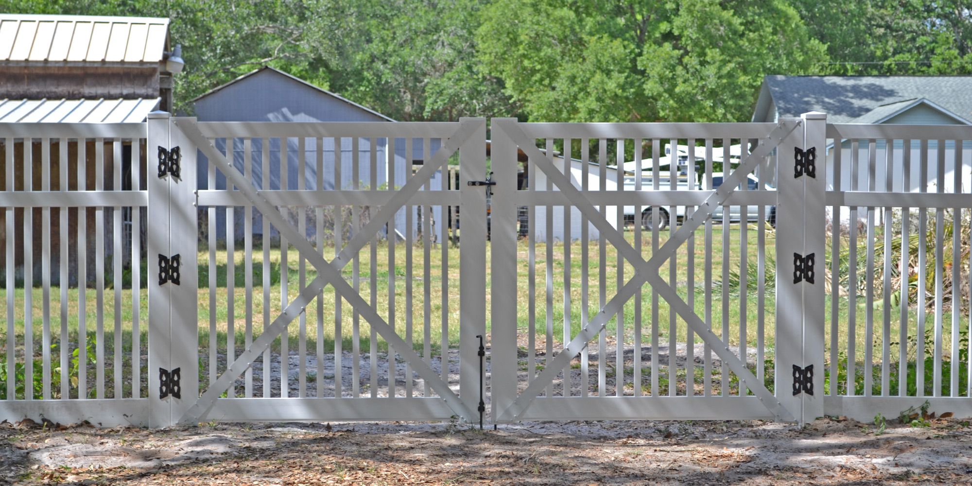72-inch-Sacramento-Straight-Top-Double-Drive-Gate-White_2.jpg