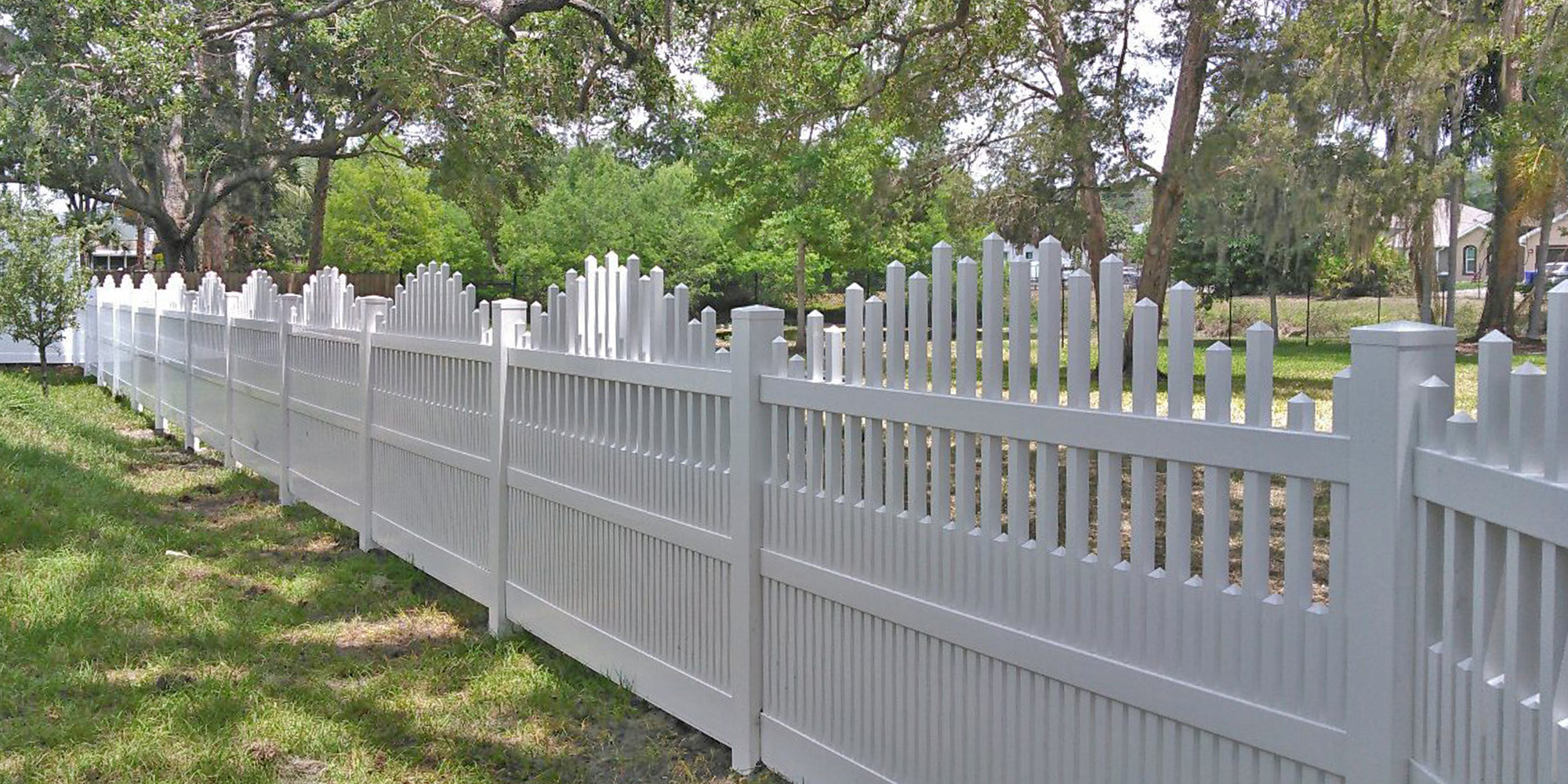 Dawson-Vinyl-Picket-Fence.jpg