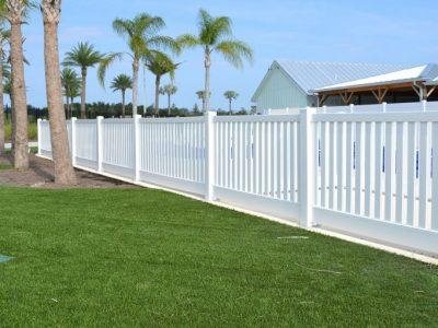 Commercial-Fence-Enclosure